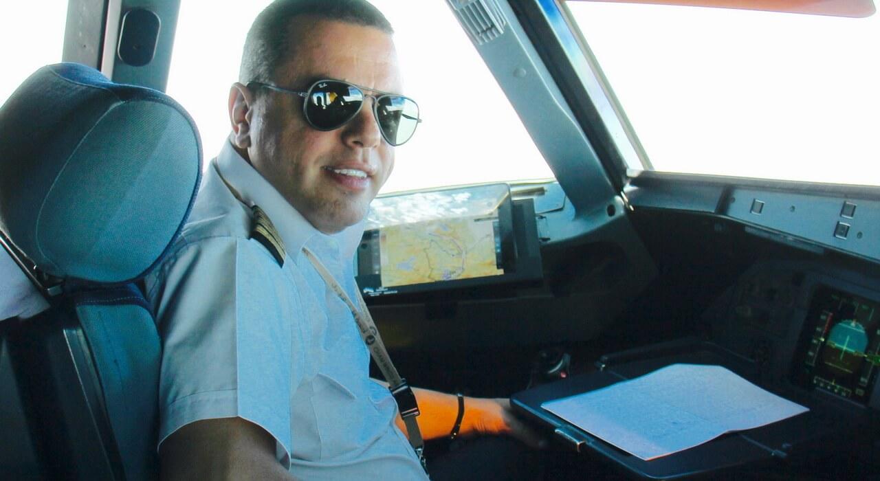وظائف طيار و SFI